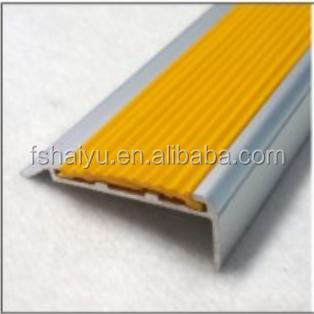 sicherheit aluminium gummi pvc abdeckung design anti rutsch streifen f r treppen treppenteile. Black Bedroom Furniture Sets. Home Design Ideas