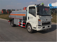 SINO fuel truck capacity 8m3 / truck fuel tank size 8000 liters
