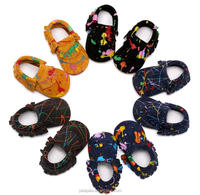 print genuine leather baby shoes wholesale baby booties Handmade Baby Moccasins 2017