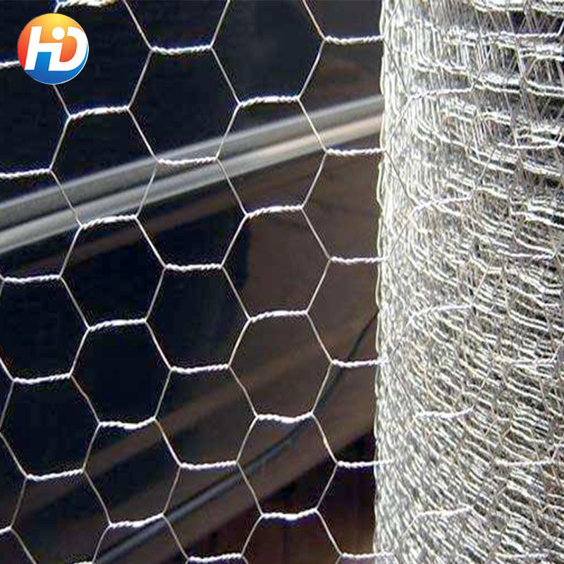 2017 Hot Sale Hexagonal Wire Netting / Green PVC Poultry Hex Netting / Aviary Game Bird Chicken Wire Fence