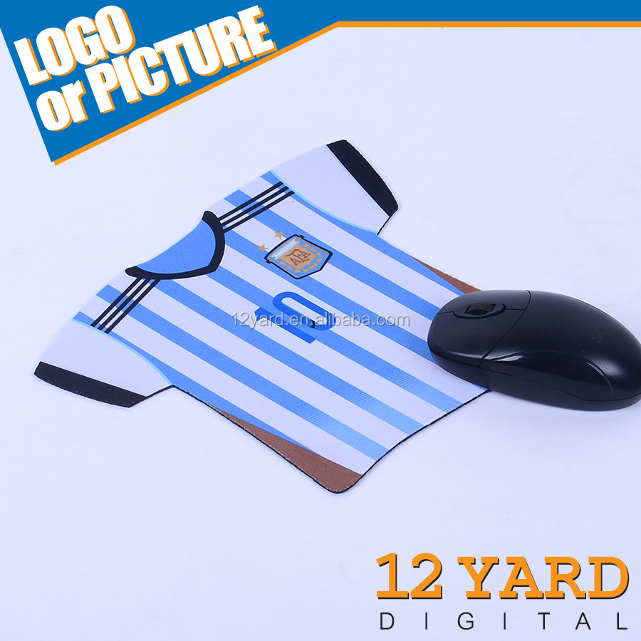 Fashional sublimation printed argentina bule and white strip rubber mouse mat