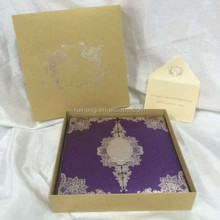 Hot sale & luxurious transparent acrylic wedding invitations with purple hard cover box