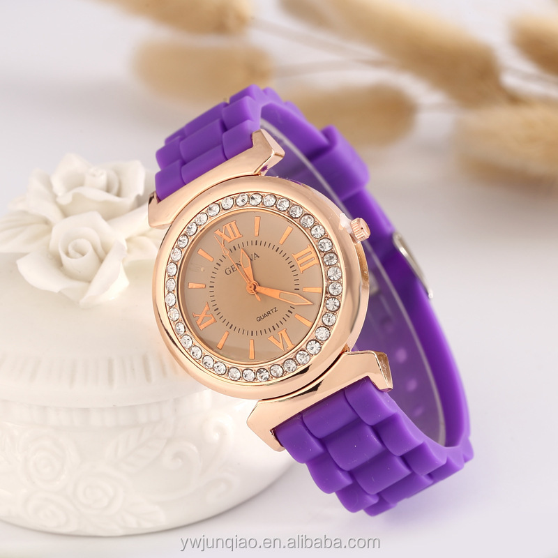 Women Diamond Quartz Silicone Quartz Brand Watches Wholesale Geneva Watches China