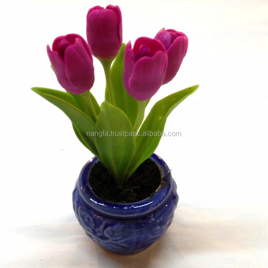 Small tulip clay flower