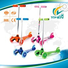 3 PU Wheels and T-bar Handle Children Mini Kick Scooter