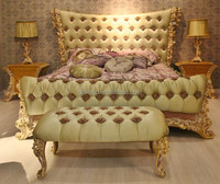 Italy Rose Carving Green Fabric Upholstered King Size Bed/ Baroque Style New Design Bedroom Furniture/Romatic Wooden Wedding Bed
