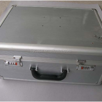 2014 the best quality fashion aluminium tool case with sponge inside and strong handle