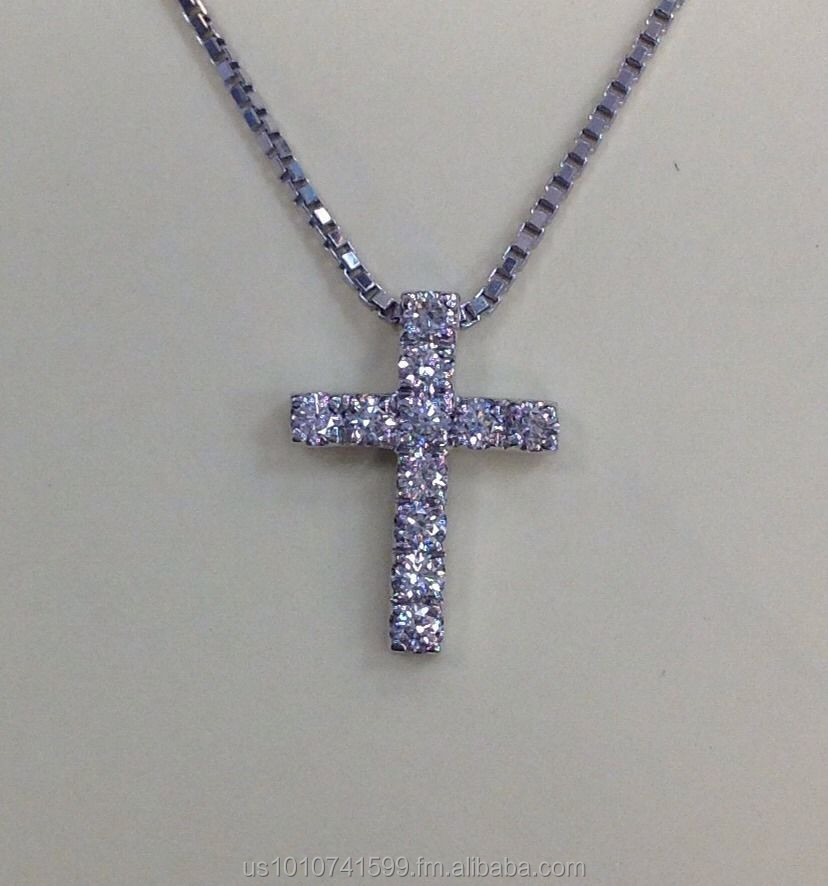 Designer Natural Diamond F/VS1 and Platinum Cross Pendant With Chain