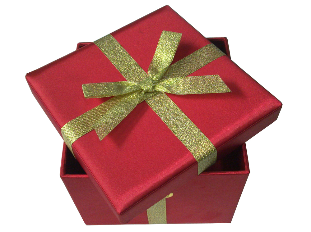 Fancy Decorative Paper Gift Box/Candy Box With a Bowknot Wholesale