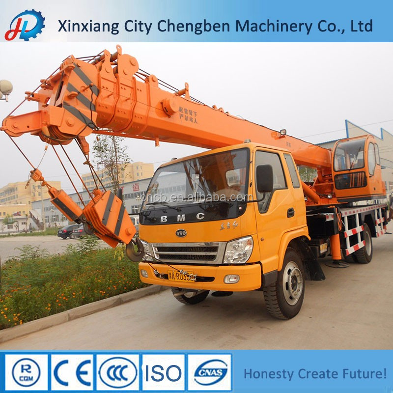 High-speed Lifting Small 8 Ton Truck Crane for sale
