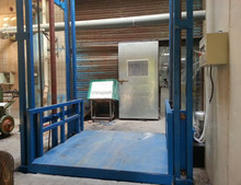 Small goods elevator with shaft residential freight lift