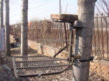 Steel Hang On Treestand for hunting