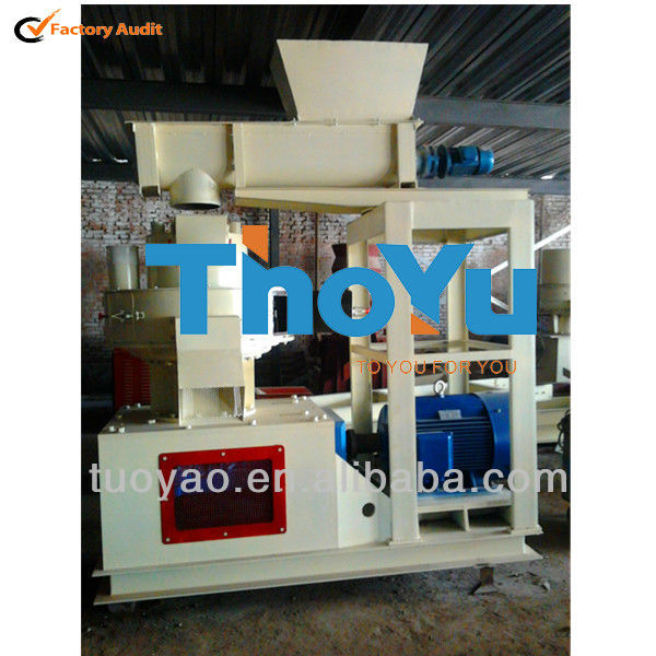 2T Capacity Wood Sawdust Brequette Machine