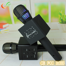 Manufacturing Q7 bluetooth karaoke wireless microphone for girls