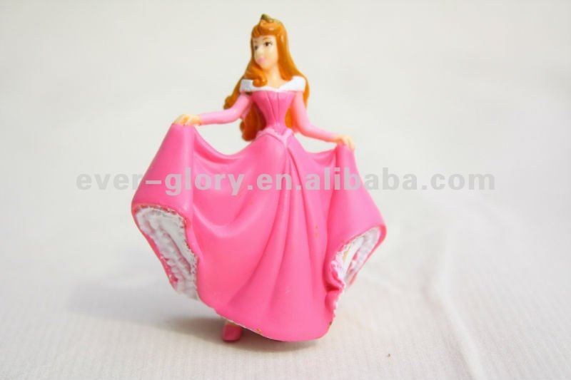 Plastic dancing princess doll toy