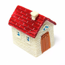 Miniature Resin Small House Ornaments figure/Home Garden Landscape Decoration Red resin craft OEM