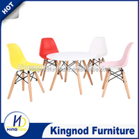 600 mm round Kids dsw table and chair