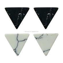 New Fashion Cheap Resin Black White Marble Pattern Small Triangle Stud Earrings