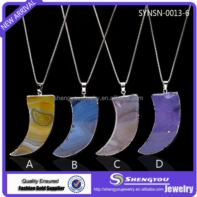 China Factory Wholesale Jewelry Sliver Chain With Different Colors Moon Shaped Natural Gemstone Pendant Necklace For Sale