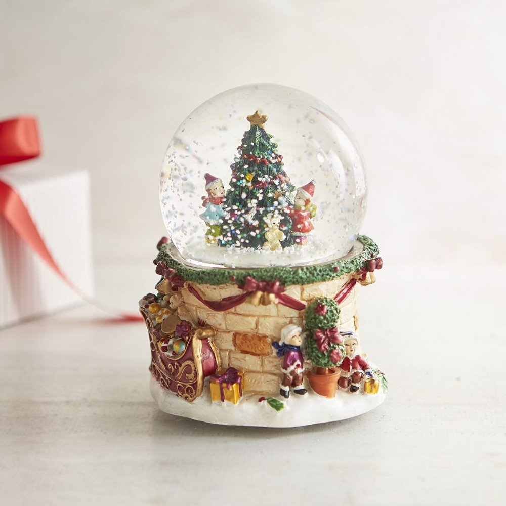 Santa Claus Christmas scene Musical water Snow Globe