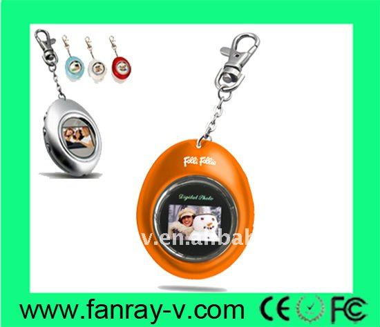 Hot selling 1.1 inch digital keychain