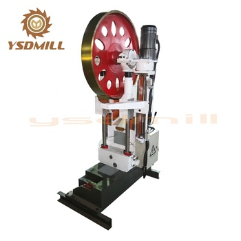 Wood pallet cutting band saw for oversea service