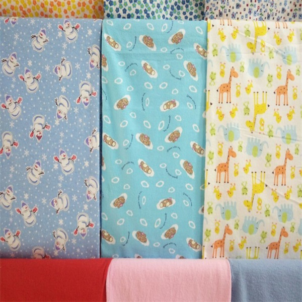 STOCKLOT CHEAPEST tc/cvc flower printed flannel fabric on bales 21*13 32*12 120gsm for baby home pyjamas to Iraq