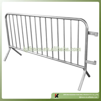 1.1m highx2.2m wide cheap design, easy handle metal crowd control barrier