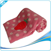 Custom made design High quality 100% polyester fleece applique embroidery baby blanket