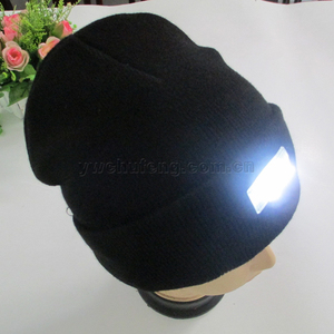 Hot selling 100% acrylic hat winter outdoor walking hands free beanie 5 LED knitted caps