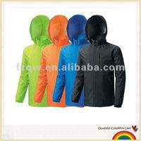 Windbreak rain jacket