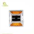 Long visible distance 7 year warranty ip68 solar road studs