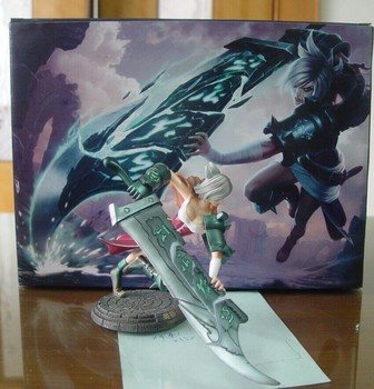 Wholesale league of legends model Riven fighter action figure