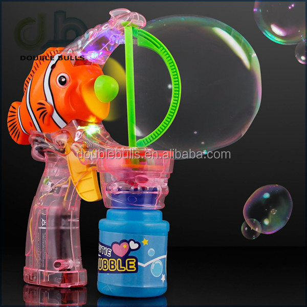Hot models fashionable plastic summer bubble gun fish with music and flashing lights