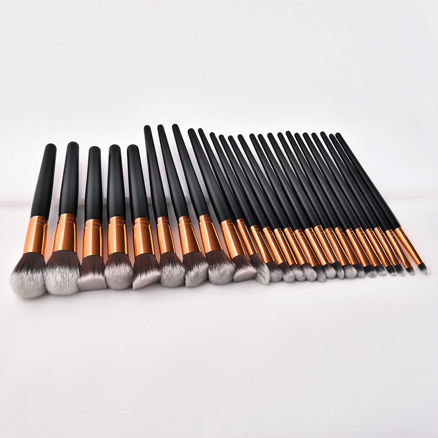 2019 Fashionable 25pcs Professional Cosmetics Makeup Brushes Set with Black Wooden Handle Gold Ferruel