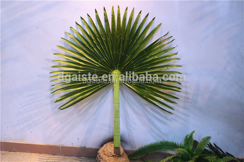 artificial outdoor using durable plastic round shape palm tree leaf
