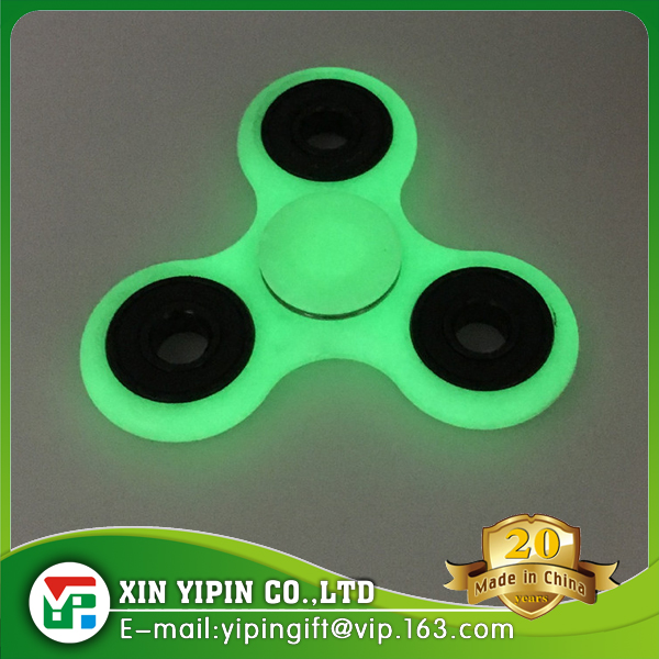 Hot sale USA Flashing LED finger spinner, reduce pressure EDC fidget hand spinner