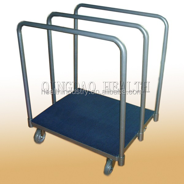 "panel cart with 3 uprights , 6 x2 "" swivel heavy duty casters ,and wood deck covered with carpet"