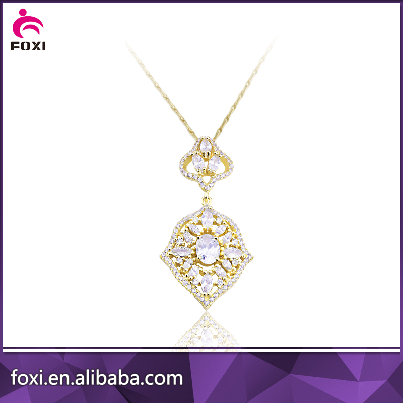 2016 fashion latest design diamond gold necklace for women