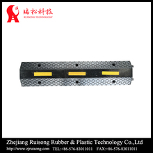 Fashin design PVC cover 2 line softness and small cable hump for road safety