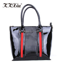 China 20 years ladies hand bags factory offers causal wholesale bags handbags 2018