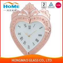 Newest can print picture heart-shaped glass quartz wall clock