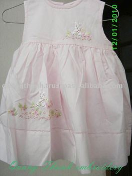 embroideried baby clothes
