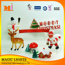Plastic Christmas Toppers for Christmas Cake Decoration