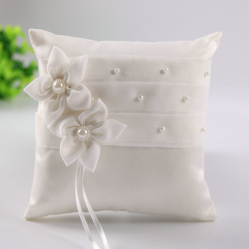 Centered Crystal Jewelry Flowers Beads White Satin Wedding Supplies Ring Bearer Pillow