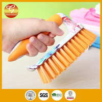 2016 newest plastic cleaning rubber scrubbing brush