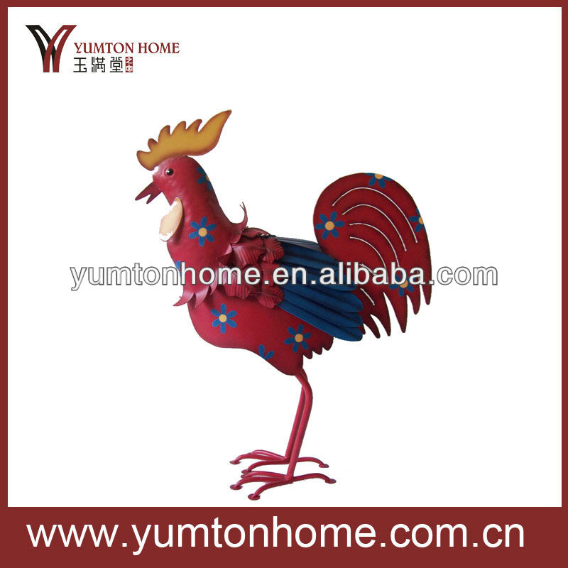 Metal outdoor decorative red rooster