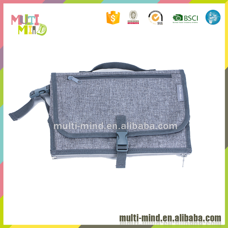 Portable chaning pad diaper bag with removable zipper nappy changing mat