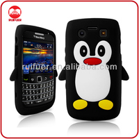 Fancy Penguin Stylish 3D Animal Silicone Mobile Phone Case for Blackberry 9700