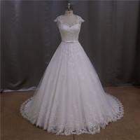 Casual 3/4 sleeves dot tulle wedding dress with no back